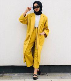 Pinterest: just4girls Modern Hijab Fashion, Muslim Women Fashion, Islamic Fashion, Modest Fashion, Aesthetic Fashion, Abaya Fashion, Fashion Outfits, Womens Fashion, Hijab Trends