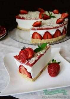 Gluten Free Lemon and Poppy Seed Cake Strawberry Cheesecake Bites, Strawberry Cakes, Springform Cake Tin, Poppy Seed Cake, Dessert Blog, Strawberries And Cream, No Bake Cake, Tiramisu, Food Processor Recipes