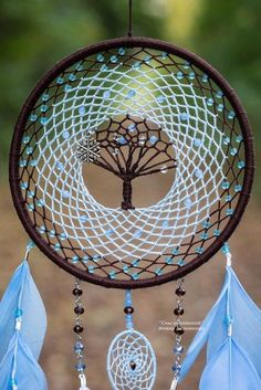 Trendy tree of life mandala dream catchers ideas Dream Catchers For Sale, Dream Catcher Decor, Beautiful Dream Catchers, Dream Catcher Jewelry, Diy Craft Projects, Diy And Crafts, Dream Catcher Patterns, Dream Catcher Tutorial, Crochet Dreamcatcher