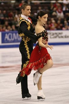 The Best Ice Skating Photos Ice Dance Dresses, Figure Skating Dresses, Winter Olympic Games, Winter Olympics, Samba, Figure Skating Olympics, Synchronized Skating, Gracie Gold, Skate 3