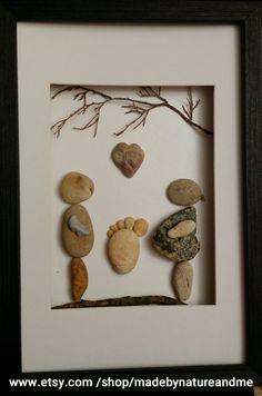 Expecting parents gift, pebble art, rock art, feet print by madebynatureandme on Etsy Pebble Painting, Pebble Art, Stone Painting, Stone Crafts, Rock Crafts, Pebble Pictures, Art Pictures, Beach Crafts For Kids, Beach Rock Art
