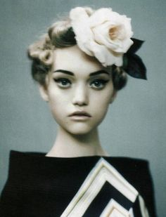 lavandula:    gemma ward by paolo roversi for vogue italia
