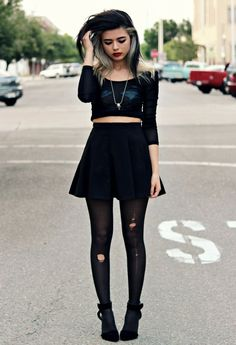 Grunge look with the black crop top, black skater skirt, black ripped tights, and black ankle boots. Estilo Hipster, Estilo Grunge, Grunge Goth, Grunge Style Outfits, Mode Outfits, Girl Outfits, Fashion Outfits, Edgy Outfits, Fashion Ideas