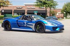 Porsche 918 Spider painted in Sapphire Blue Metallic w/ the Platinum Metallic Salzburg Livery and Weissach Package   Photo taken by: @vbugking on Instagram (He is also the owner of the car)