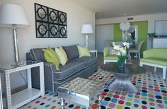 Its all about color in this Miami Condo designed by Alicia Connolly. She used the Dreamscapes Rug DRE-4419. Love it!