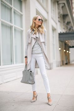 Classy Neutral Work Outfits