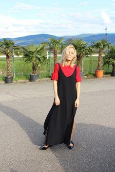 Slip Dress #slipdress #zara #fashionblogger #babouche #red #black #lotd #ootd #streetstyle #fashion #lover #life #blogger #fashionista
