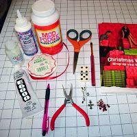 Crafty Hangover: Tutorial- Domino Necklace
