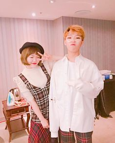 Akdong Musician Suhyun and Chanhyuk Lee Chan Hyuk, Lee Soo Hyun, Funny Lyrics, Yg Entertaiment, Akdong Musician, Sister Act, K Pop Star, Fandom, Girl Bands