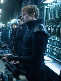 """Underworld: Blood Wars"" Bradley James as Varga Underworld Movies, Underworld Kate Beckinsale, John Carradine, Dracula Untold, Merlin And Arthur, Bradley James, Ideal Man, Fantasy Movies, Dining"