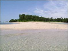 Malasugui Island, Camarines Norte