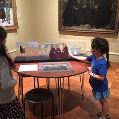 In gallery interactive Cincinnati art museum