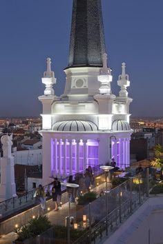 Hotel ME Madrid Reina Victoria Plaza de Santa Ana, 14, Madrid 917 01 60 00