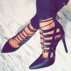 Fashion Pointed Toe Gladiator High Heels Women Sandals Stiletto Heel Sandals Pointed Toe Lace Up Pumps shoes woman Crazy Shoes, Me Too Shoes, Heeled Boots, Shoe Boots, Stiletto Heels, High Heels, Stilettos, Black Heels, Mode Shoes
