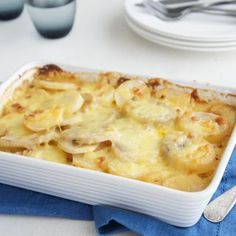 free recipes created and shared by Australian home cooks. Be the best cook with how to guides, cooking tips and menu plans. Creamy Potato Bake, Easy Baked Potato, Bacon Potato, Sweet Potato, Vegetable Dishes, Vegetable Recipes, Vegetable Bake, Veggie Bake, Fun Baking Recipes