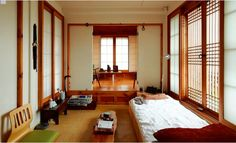 Korean traditional home style Traditional Interior, Traditional House, Korean Traditional, Japanese Bedroom, Japanese House, Japanese Architecture, Interior Architecture, Interior Design, Japan Room