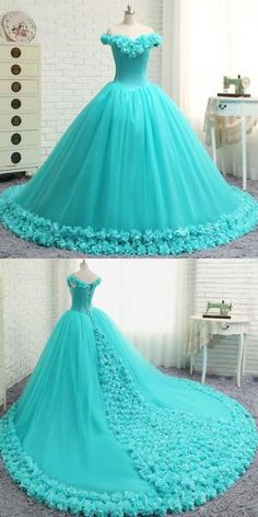 A-Line Off Shoulder Tulle Long Prom Dresses With Hand Made Flower - - pounds - Kleidung Pretty Prom Dresses, Sweet 16 Dresses, Green Prom Dresses, Elegant Dresses, Beautiful Dresses, Wedding Dresses, Indian Gowns Dresses, Indian Fashion Dresses, Dress Fashion