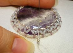 Cabochon Embroidery Masterclass. Very detailed with good pictures but translate. #Seed #Bead #Tutorials