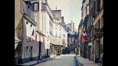 Paris in colour - Retronaut Montmartre Paris, Paris Rue, Paris Images, Paris Photos, Tour Eiffel, Color Photography, Vintage Photography, Albert Kahn, Image Paris
