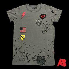 Kaos cowok Mens Tee Shirts, Boys T Shirts, New T Shirt Design, Shirt Designs, Boys Tracksuits, Polo Vest, Custom Made T Shirts, Jeddah, Cycling Outfit