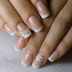 30 Most Intriguing Wedding Nails For Summer in 2019 - Babemar Vogue Gelish Nails, Diy Nails, Cute Nails, Pretty Nails, Manicure, Fabulous Nails, Gorgeous Nails, Pretty Nail Designs, Nail Art Designs