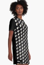 Graphic T-dress Child of the Night