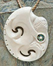 sio, Visesio Siasau Bone Carving, New Zealand, Wood, Jewelry, Maori, Jewlery, Woodwind Instrument, Jewerly, Timber Wood