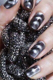 Magnetic nail polish...yes really! #cool #nails