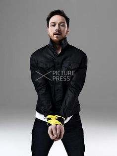 James McAvoy / oh, this is way too sexy than it should be
