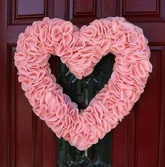Best Fabulous Valentine's Day Wreaths DIY Tutorials, easy Valentine Wreath Crafts, Heart Wreath, Valentine Decoration Diy Valentines Day Wreath, Homemade Valentines, Valentines Day Decorations, Valentine Day Crafts, Valentine Heart, Valentine Flowers, Wreath Crafts, Diy Wreath, Diy Crafts