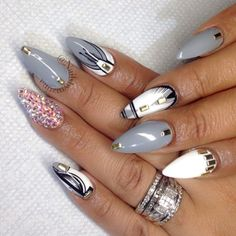 I love nails be it sexy fierce or classy and simple Sexy Nails, Hot Nails, Fancy Nails, Stiletto Nails, Hair And Nails, Fabulous Nails, Gorgeous Nails, Pretty Nails, Nice Nails