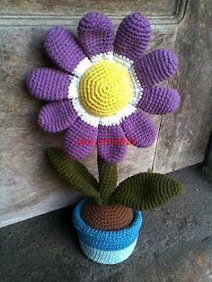 Bloem In Pot - Dutch Translation ~ Zan Crochet