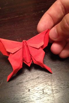 I like this origami because it looks really nice. :D i like butterfly and red colour so this becomes my favorite. Origami Paper Folding, Origami And Quilling, Origami And Kirigami, Origami Love, Origami Fish, Origami Butterfly, Paper Crafts Origami, Origami Design, Diy Origami