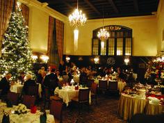 main Dining Room at Christmas. #universityclubofportland #uclubpdx #christmas