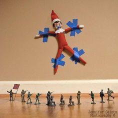 elf-on-the-shelf-captured