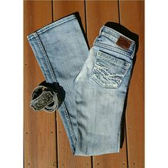 "BKE Stella Jeans Excellent condition No signs of wear I love these, but they're too long on me Stella Boot 23"" x 33.5"" BKE Jeans Boot Cut"