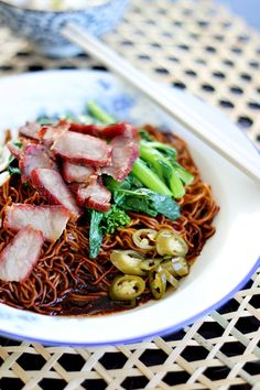 Authentic and the best wonton noodles with springy egg noodles and savory dark sauce. This Malaysian wonton noodles (wantan mee) tastes so good! Malaysian Cuisine, Malaysian Food, Malaysian Recipes, Wontons, Easy Delicious Recipes, Great Recipes, Wonton Noodles, Egg Noodles, Asian Noodles