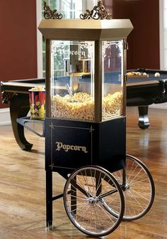 Treat yourself and your guests to a delicious snack everyone will love with the Old-time Popcorn Popper and Accessories.