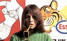 Weekend (Godard)..Juliette Berto