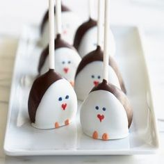 Penguin cake pops. #cakepops #birthday #party #ideas #inspiration #theme #penguin