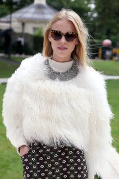 Modern Swans: The Most Stylish Young Women in The World