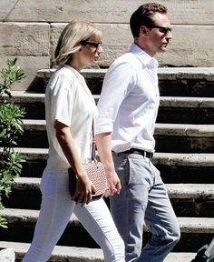 """Taylor Swift """"Out And About"""" with Tom Hiddleston in Rome, Italy 06/28/16."""