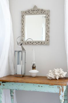 Seaside-inspired decorating ideas - Nothing evokes a sense of seaside living better than a weathered wooden piece of furniture with aquamarine touches