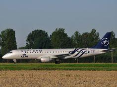 KLM cityhopper Embraer 190 in Skyteam colours