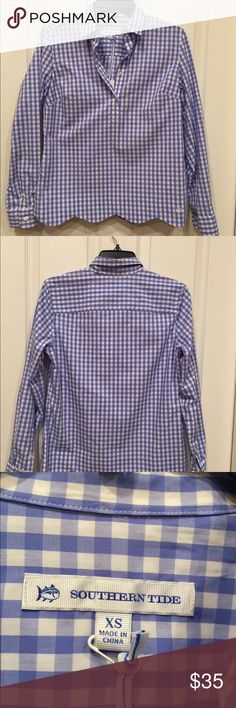 Southern Tide  Women's Blue checked Top. XS  NWT Looks great with white jeans. 100% cotton.  Scalloped. Never worn. Southern Tide Tops Button Down Shirts