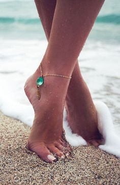 Aqua Gemstone Anklet ♥ this is gorgeous. Id were it every day in the summer!