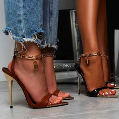 Gorgeous Heels, Cute Heels, High Heels, Shoes Heels, Ankle Chain, Stiletto Pumps, Swagg, Poses, Fashion Boots
