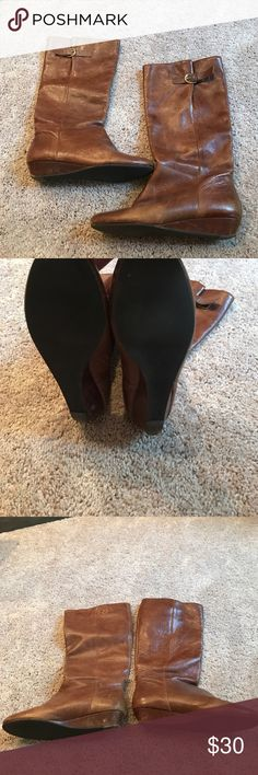 Steve Madden Boots SZ 9.5 Brown Steve Madden boots. Some signs of wear but still in good condition! real leather w a small heel. Steve Madden Shoes Heeled Boots