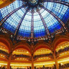 Can\'t believe this is a shopping mall in Paris, I\'m completely shook and overwhelmed 😱 #takemeback . . . . . . . #tttspic #tttstravel #vsco #vscocam #vscotravel #wanderlust #travelling #featuremeofh #ftmedd #seamyphotos #tangledinfilm #featuremePF #seekingthestars #expofilm3k #tropicaladdicted #quoteawayy #worldtravelbook #VN_Travels #eyefeast #ourmoodydays #randommagazines #eyefeast #moodygrams #moodytoning #themoodoflife #expofilm3k #quietthechaos #shotzdelight #enlightsolutions