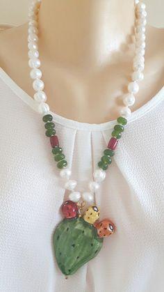 Collana ceramica Caltagirone, pietre dure peridoto, perle bianche e corallo | eBay